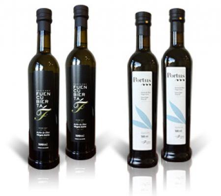 Estuche 2 botellas de Portus 500ml + 2 botellas de Hacienda Fuencubierta 500ml